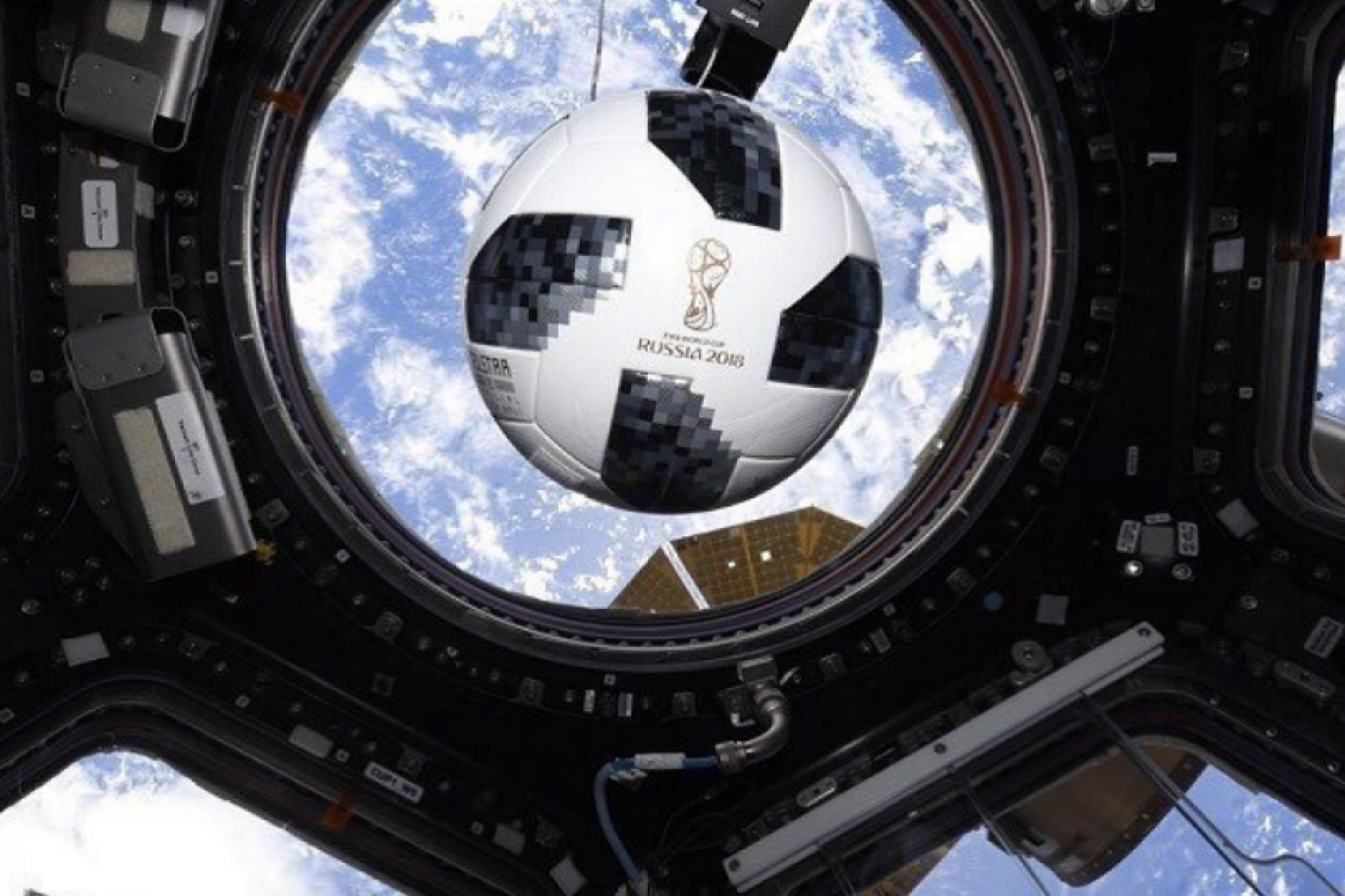 Russian cosmonauts played football with a colleague from Germany
