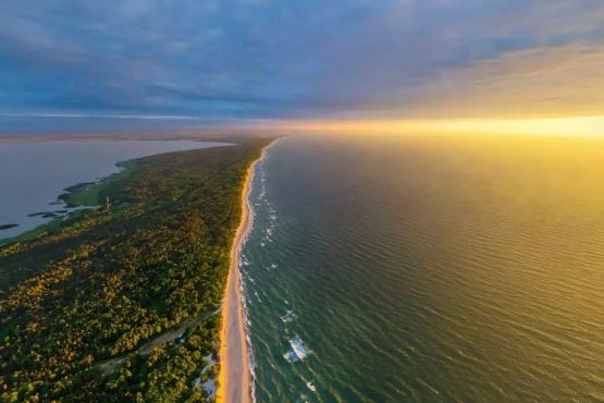 "The ""Curonian Spit National Park"" temporarily closed some of its tourist sites for visiting, the press service said."